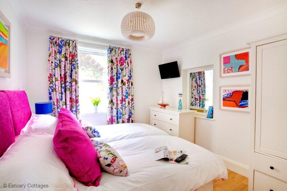 Bedroom 2 - Twin Zip'n'Link
