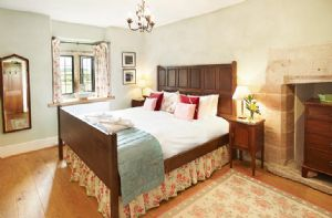 First floor: The Petteril Room (6' double bed).