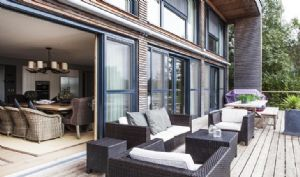 Glorious south facing outdoor terrace with barbecue & cosy furniture overlooking Bowmoore lake
