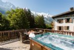 Upfront,up,front,reviews,accommodation,self,catering,rental,holiday,homes,cottages,feedback,information,genuine,trust,worthy,trustworthy,supercontrol,system,guests,customers,verified,exclusive,Chamonix All Year,image,of,photo,picture,view