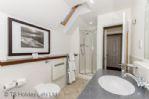 Duck Pond Lodge - En-suite, view of shower