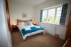 The Kingsize double bedroom