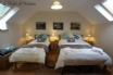 Perfect for luxury family holidays - 1 of 2 en-suite family bedrooms