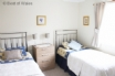 Twin bedroom at Llys Aber Llydan holiday cottage, Broad Haven