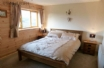 Luxury Brecon Beacons Holiday Cottage - king size bed