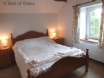 Llety'r Wennol holiday cottage - the cosy double bedroom