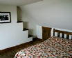 An Rhubha Cottage Easdale Island Scotland - bed