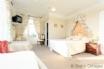 Double room, sleeping 4 & en suite