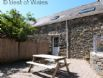 Llyn Peninsula accommodation - beautiful first floor apartment for 4