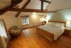 Master bedroom - Impressive room with a super king bed