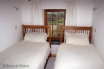 Pembrokeshire cottage holidays - cosy twin bedroom